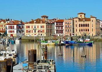 Trekking France : Charme et gastronomie en Pays Basque, le goût de l\'authentique