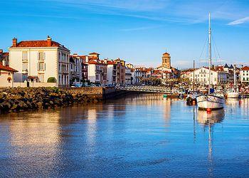 Trekking France : De la montagne à l\'océan, traversée douillette du Pays Basque